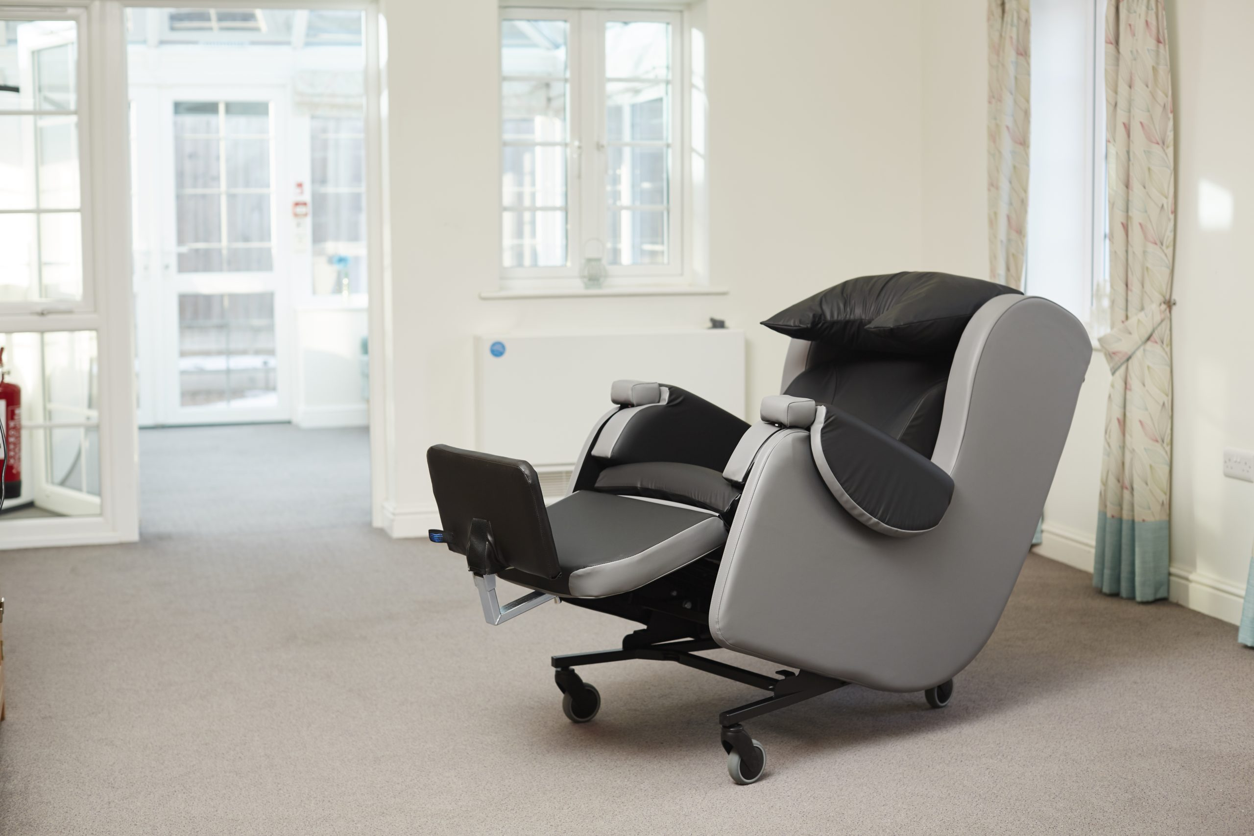 Careflex HydroTilt Specialist Chair
